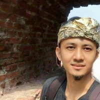 Udeng ikat kepala Bali Jadi