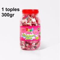 PERMEN YUPI STRAWBERRY KISS TOPLES / JAR 300gr