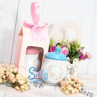 Hampers mug.Souvenir new baby born.One month hampers