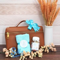 Souvenir baby born / hampers one month / baby gift
