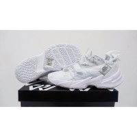 sepatu basket nike air jordan why not zero 3 triple white