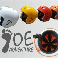 Helm rafting paralayang outbond flying fox climbing tubing