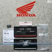 Plat Nomor HONDA Dudukan Cover Plat Nomor Motor Universal ORIGINAL AHM