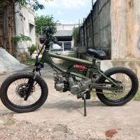 BMX Cub Monoshock include mesin