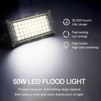 Lampu Sorot Flood Light 4500 Lumens 50W Outdoor Sangat Terang