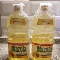 Mazola Sunflower Oil 900 ml / Minyak Goreng Bunga Matahari 900ml