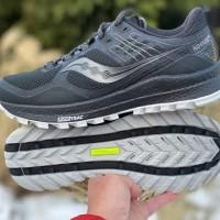 Sepatu olahraga Lari trail running Saucony Oxodus 10 original