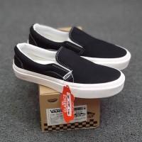 Vans Slip On Og Black White Sepatu Pria