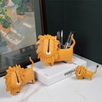 Holder Pen Desain Singa Lucu Bahan Resin Untuk Dekorasi Kamar Tidur