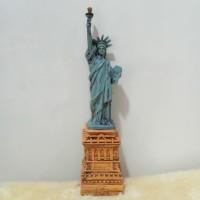 PATUNG PAJANGAN SOVENIR OLEH MINIATUR AMERIKA NEW YORK LIBERTY STATUE
