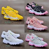 Sepatu Wanita Sepatu Olahraga Wanita Sneakers Nike SPEED CROSS Terbaru