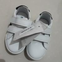 sepatu mothercare converse