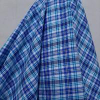 Kain Kotak Semi Wool ( Kombinasi Garis Biru/Putih )