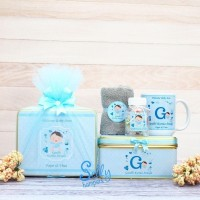 Souvenir baby born / hampers one month 2