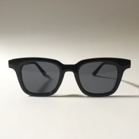 Kacamata / Sunglasses Gentle Monster Grey