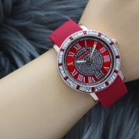 jam tangan wanita cantik Cartier terbaru guess