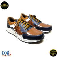 Sneakers pria terbaru bahan kulit kasual sneakers premium RN 01