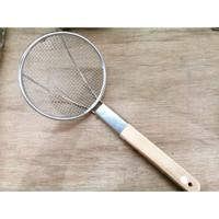Serokan Minyak gagang kayu/ Saringan Gorengan / Strainer net XL 20cm