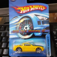 FORD MUSTANG GT 2005 - HOT WHEELS
