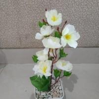 Bunga sakura. tanaman artificial