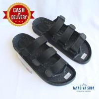Sandal Puyuh Merek Kenzi/Fashion Sandal Pria Model Baru/Hitam