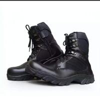 Sepatu boots Delta tactical Tan&Black