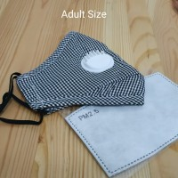 Masker PM 2.5 White Valve Adult Size + 1 Filter - Motif Kotak Hitam