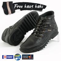 Sepatu Boots Pria Kulit Casual Touring Free Kaos Kaki BKS01TP Hitam