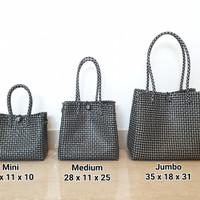 Kaela Bag Size M - Tas Anyam Plastik Hitam, Tas Rajut, Tas Belanja