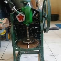 mesin serut es batu manual merek swan, parutan, serutan es gilingan