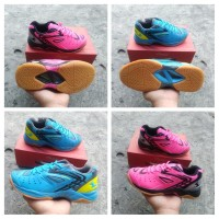sepatu badminton eagle spikeshoot pro original