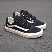 Sepatu Vans velcro Black white 36-43 Pria wanita