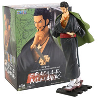 Dracule Mihawk Action Figure One Piece TCWJ