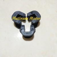 Sekat Rumah Roller / Slider Motor Honda Vario 125