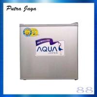 Aqua AQR-D50F / AQRD50F Lemari Es Portable / Kulkas Mini