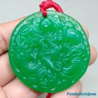 Liontin Batu Giok Green Tali Merah Jade Ukir Naga Asli