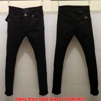 Celana Panjang Jeans Oak Black Solid Skinny Fit(not guess levis gucci)