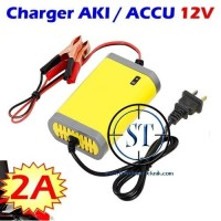 Charger Aki 12v 2A Portable Motorcrycle Intelligent Case Accu Battery