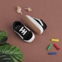 Sepatu Anak Bayi Prewalker boots Laki Laki Unik hitam bahan suede