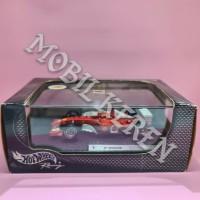 Hot Wheels Racing 1:43 Ferrari F-2002 Michael Schumacher Red