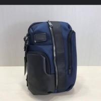 Tumi Saratoga /Sling Bag Pria