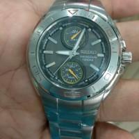Jam tangan Seiko sports Quartz stainles steel chronograph