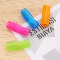 Deli Pegangan Pensil 4 warna 12x12x39mm,tersedia untuk pensil EU75002