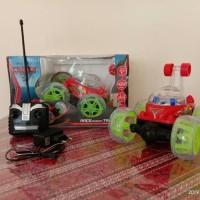 New Mobil Remot Control R/C Stunt Car Mobil Jungkir Balik - Merah New