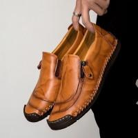 Sepatu Asli Kulit Pria Loafers Kerja Kantor Fashion Casual Shoes