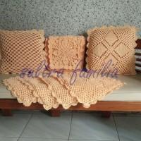 Sarung Bantal Taplak Meja Rajut Handmade Crochet Set (SFRS-P001)