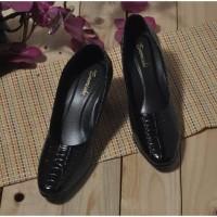Sepatu pantofel kantor formal wanita size 35-43 warna hitam 053 CC