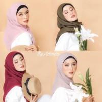 Segiempat Bella Square Hijab Plain Jilbab Pollycotton