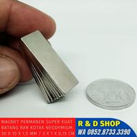Neodymium Permanen Magnet Kotak Batang 30x10x1,5mm super kuat strong