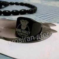 cincin titanium hitam kotak bong harley custom logo ukir grafir nama